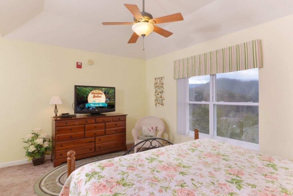 Photo of a Pigeon Forge Condo named Whispering Pines 653 - This is the fourth photo in the set.