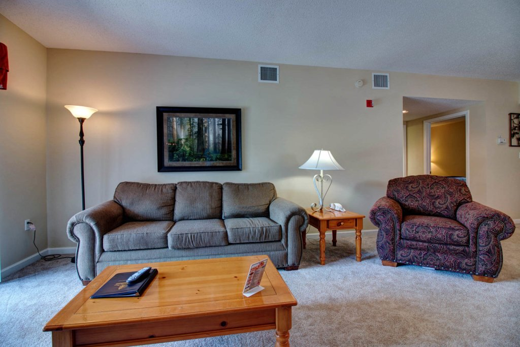 Photo of a Pigeon Forge Condo named Whispering Pines 423 - This is the third photo in the set.