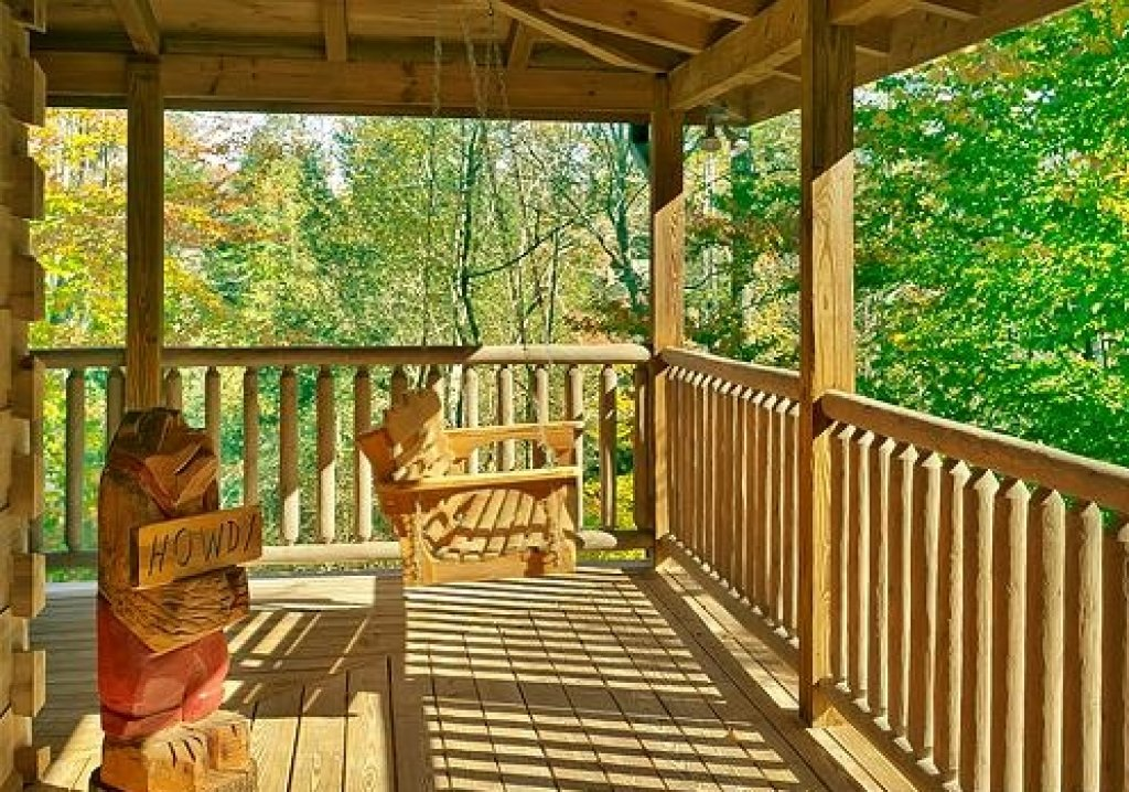 Photo of a Sevierville Cabin named Cedar Forest - This is the forty-eighth photo in the set.