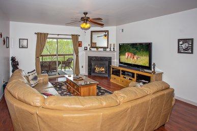 Granite In Full Kitchen/washer & Dryer/king Bedrooms/riverside