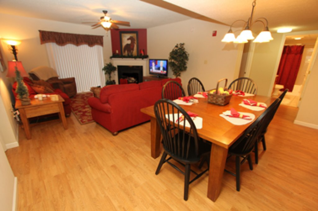 Photo of a Pigeon Forge Condo named Cedar Lodge 601 - This is the first photo in the set.