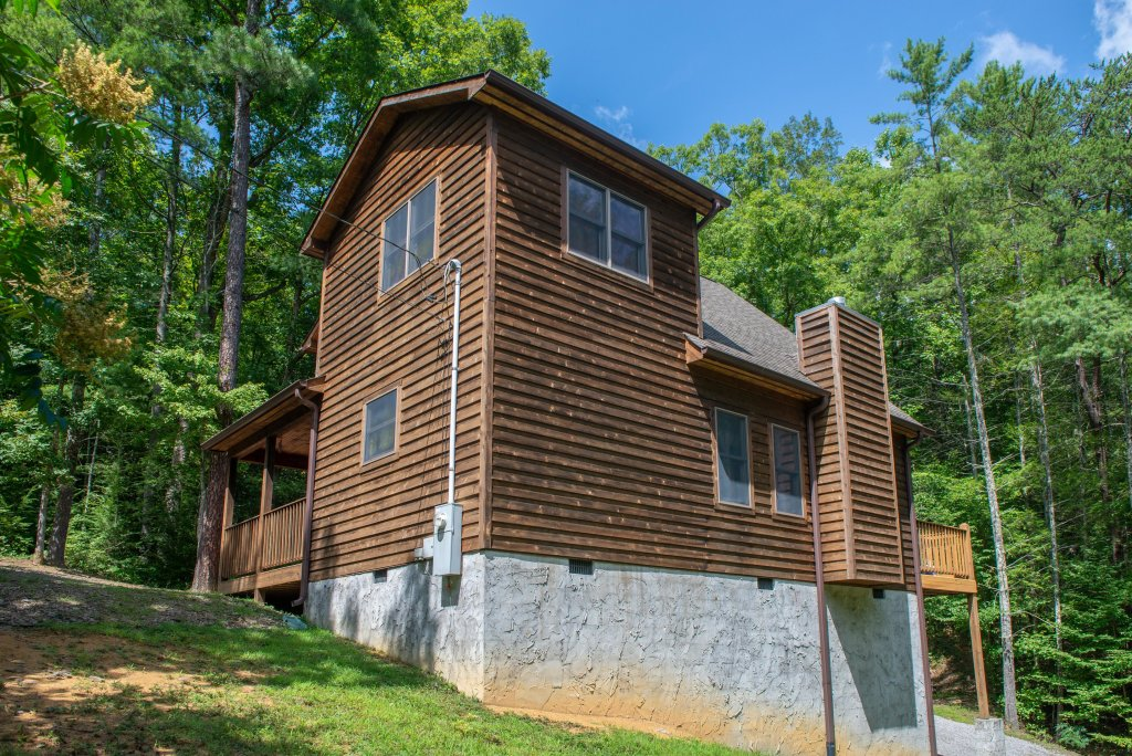 Photo of a Sevierville Cabin named Cabin Fever - This is the forty-fourth photo in the set.