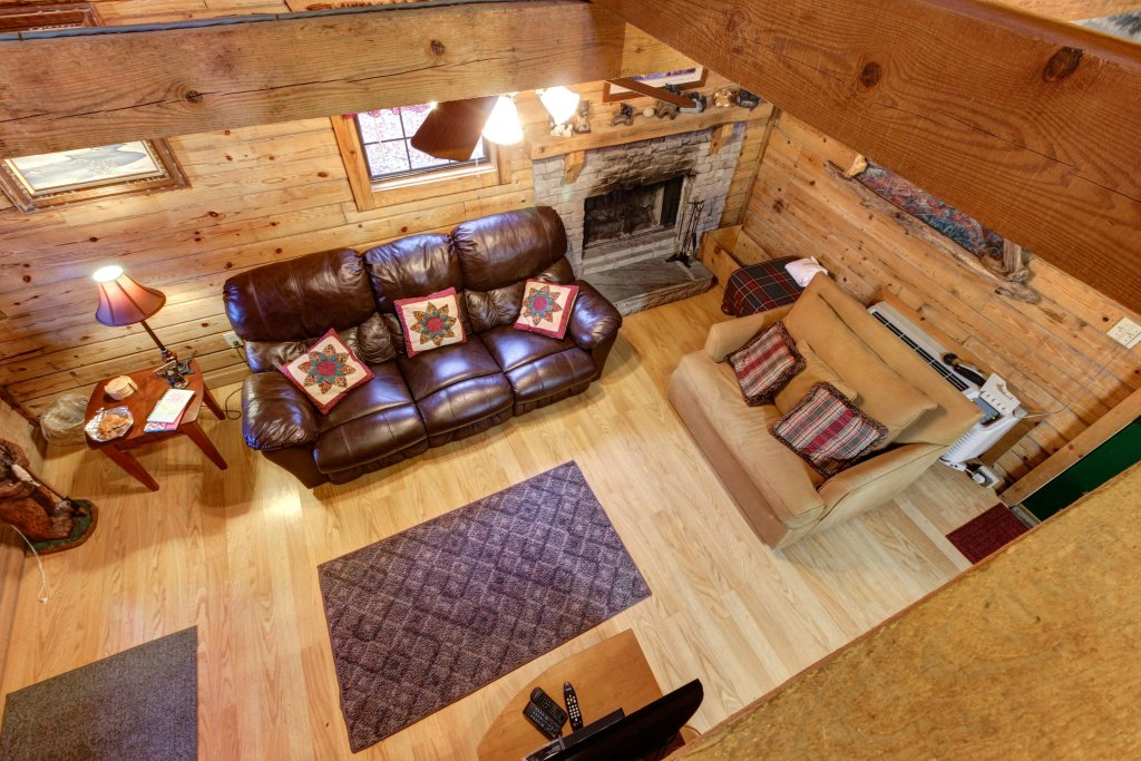 Photo of a Sevierville Cabin named Bear Haven Cabin - This is the eighth photo in the set.