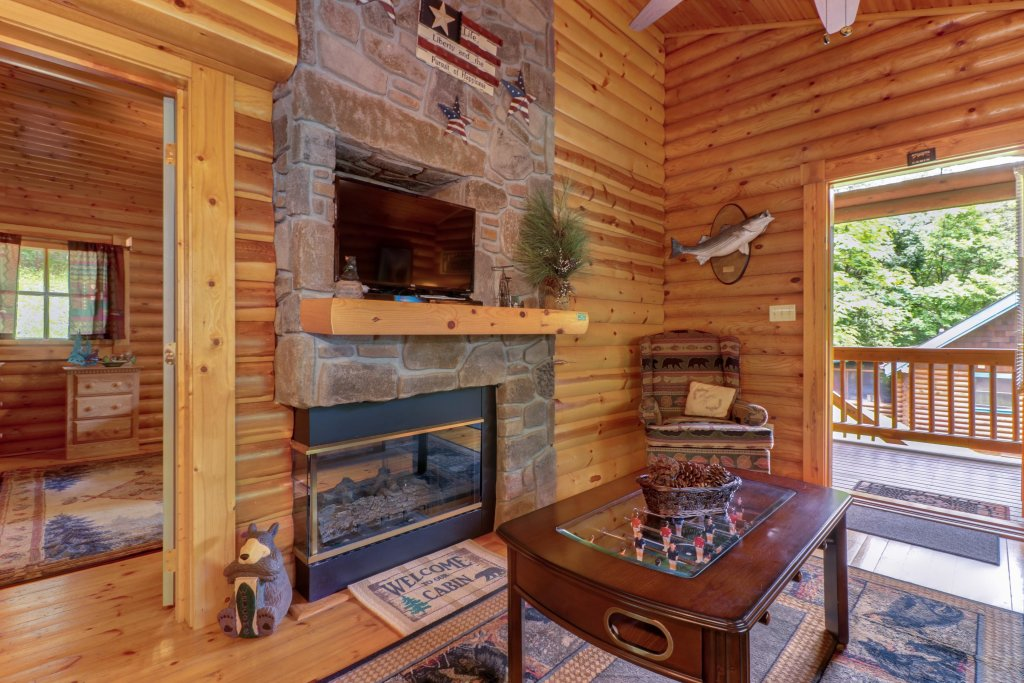 Photo of a Gatlinburg Cabin named Unforgettable Dreams - This is the second photo in the set.