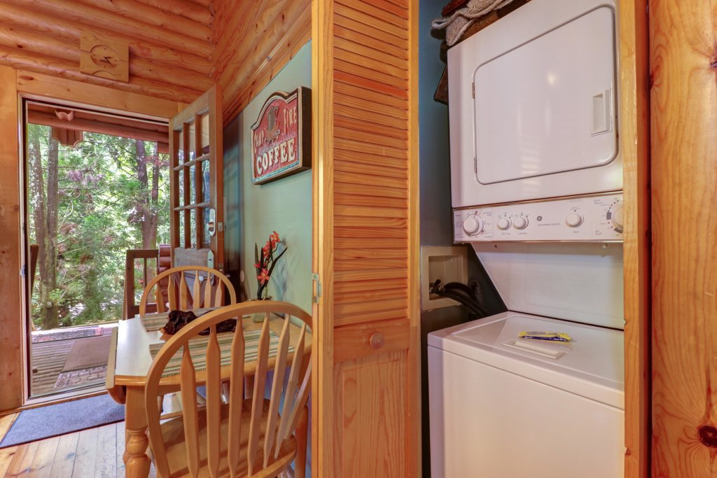 Photo of a Gatlinburg Cabin named Unforgettable Dreams - This is the twenty-third photo in the set.