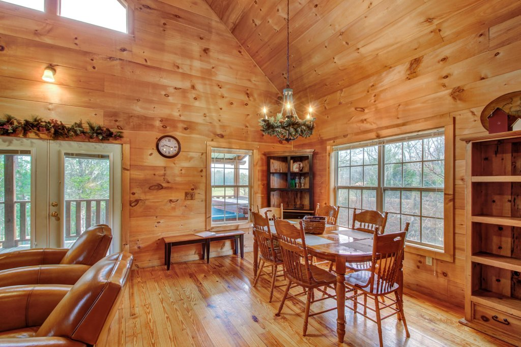 Photo of a Sevierville Cabin named Twin Cub Lodge Cabin - This is the twelfth photo in the set.