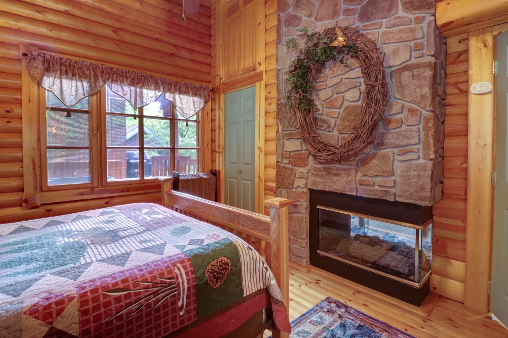 Photo of a Gatlinburg Cabin named Unforgettable Dreams - This is the sixteenth photo in the set.