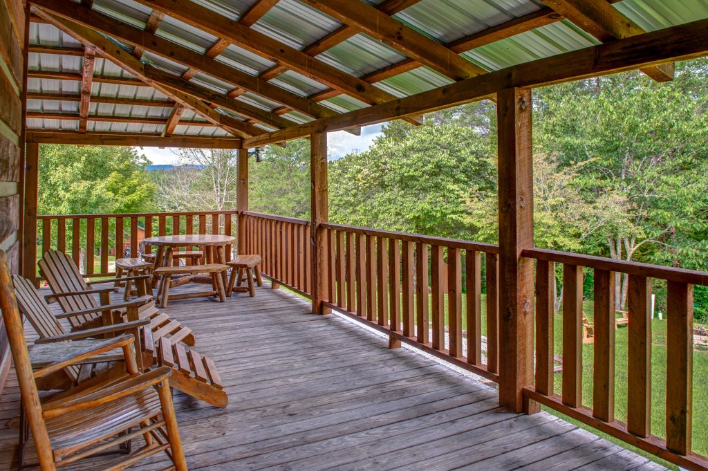 Photo of a Sevierville Cabin named Twin Cub Lodge Cabin - This is the forty-second photo in the set.