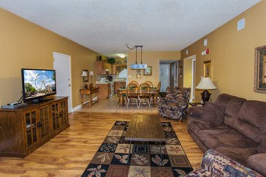 Exceptionally Clean, Inviting, Tastefully Decorated Riverside Condo