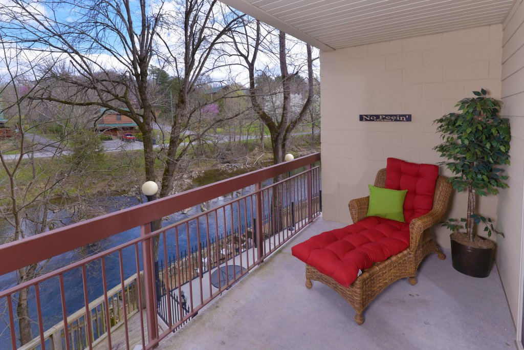 Photo of a Pigeon Forge Condo named Cedar Lodge 105 - This is the nineteenth photo in the set.