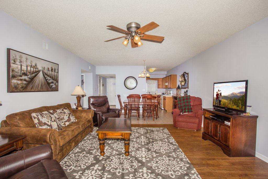 Photo of a Pigeon Forge Condo named Bear Crossing 304 - This is the first photo in the set.