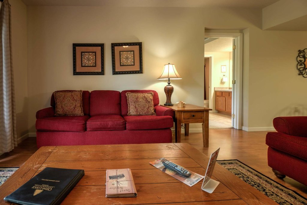 Photo of a Pigeon Forge Condo named Cedar Lodge 405 - This is the second photo in the set.