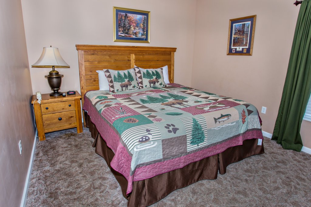 Photo of a Pigeon Forge Condo named Bear Crossing 203 - This is the eleventh photo in the set.