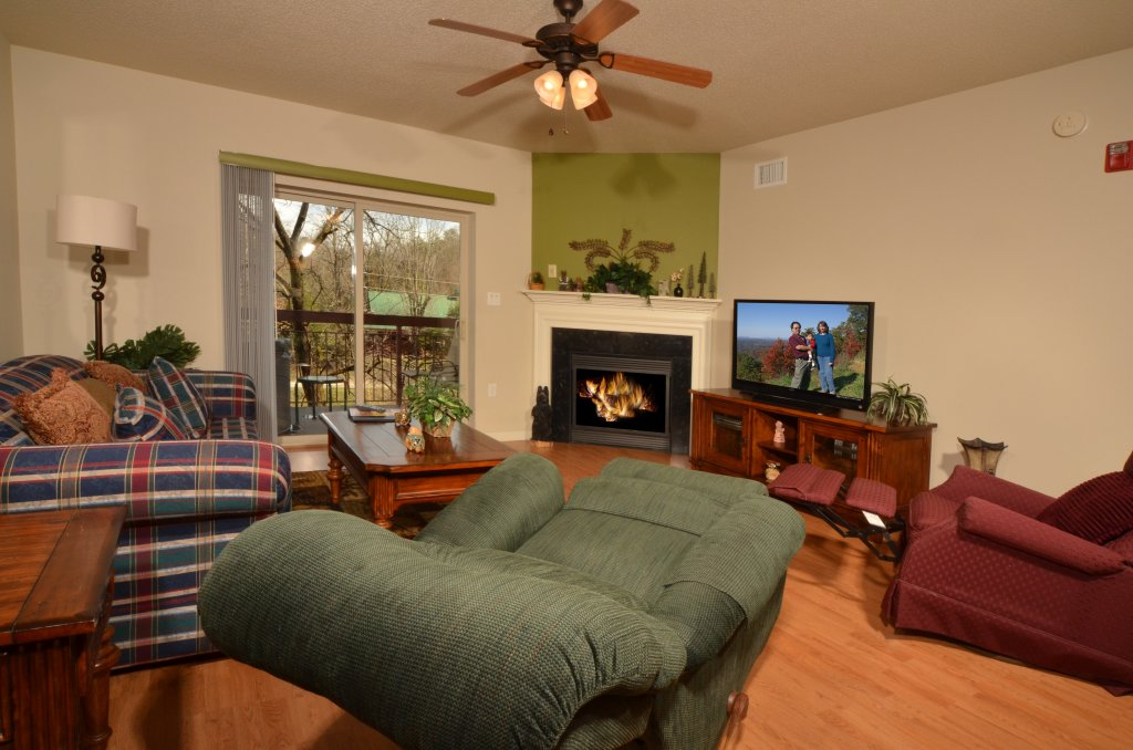 Photo of a Pigeon Forge Condo named Cedar Lodge 204 - This is the third photo in the set.