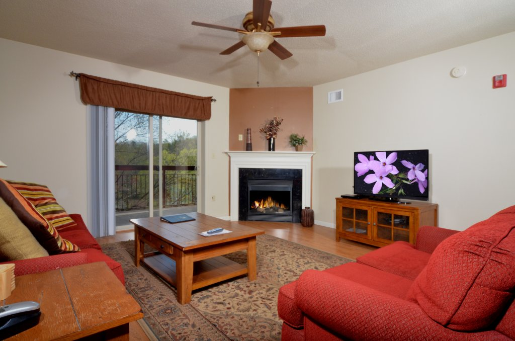 Photo of a Pigeon Forge Condo named Cedar Lodge 503 - This is the first photo in the set.