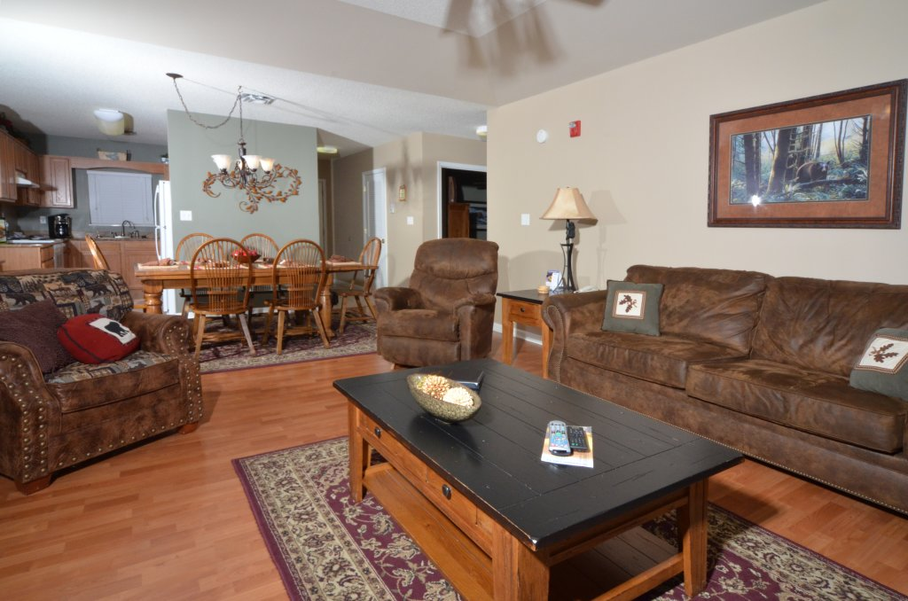 Photo of a Pigeon Forge Condo named Bear Crossing 502 - This is the second photo in the set.