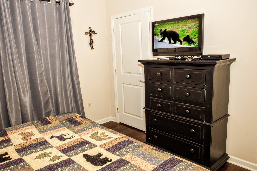 Photo of a Pigeon Forge Condo named Cedar Lodge 202 - This is the seventh photo in the set.