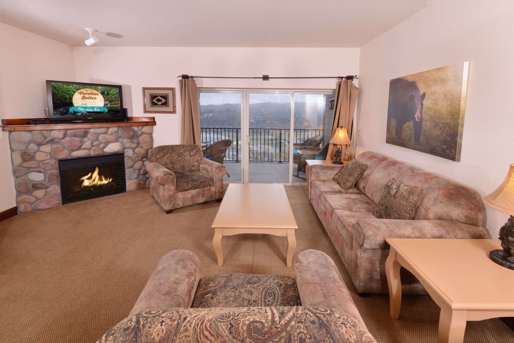 Photo of a Pigeon Forge Condo named 4002 Big Bear Resort - This is the first photo in the set.