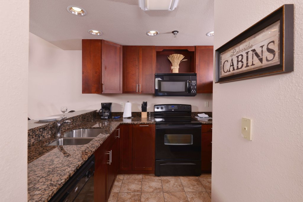 Photo of a Pigeon Forge Condo named 4004 Big Bear Resort - This is the third photo in the set.