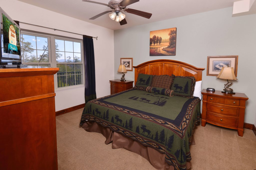 Photo of a Pigeon Forge Condo named 4004 Big Bear Resort - This is the twelfth photo in the set.