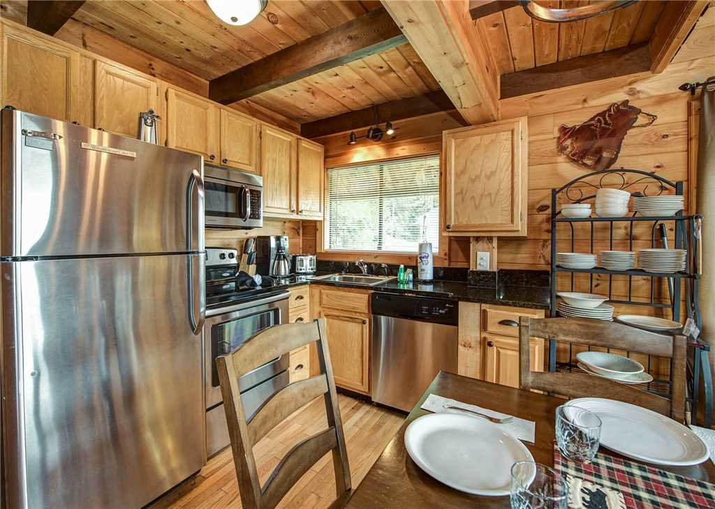 Photo of a Gatlinburg Cabin named Smoky Mountain View - This is the eighth photo in the set.