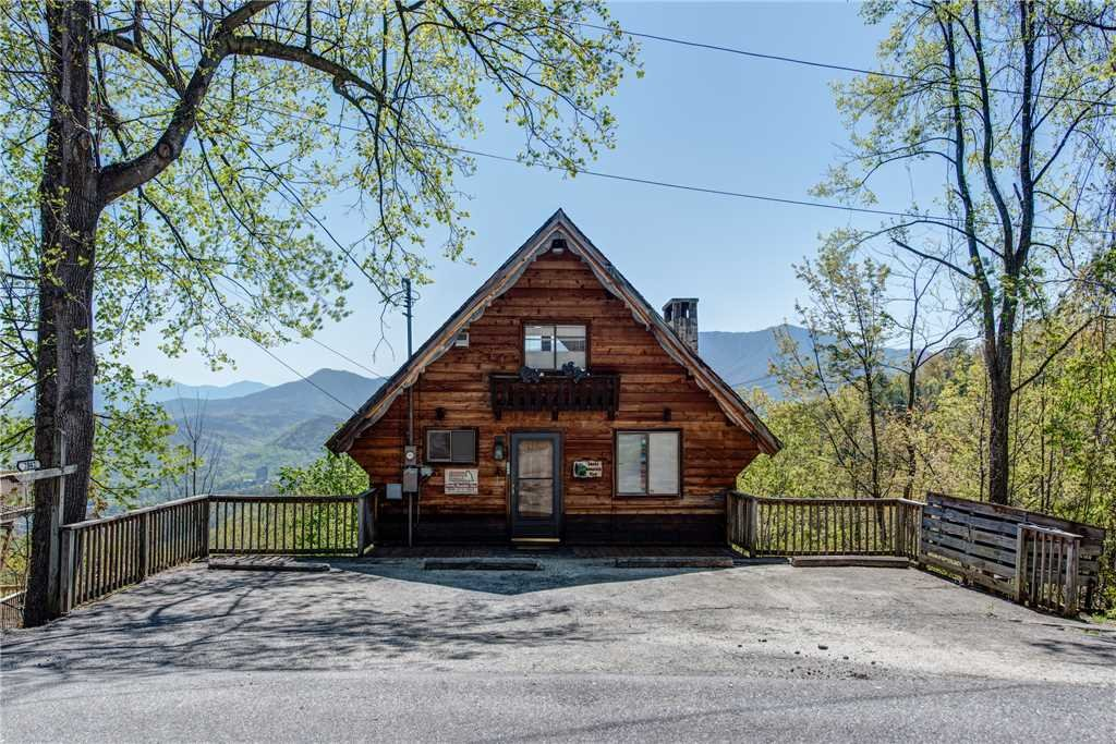 Photo of a Gatlinburg Cabin named Smoky Mountain View - This is the twenty-fourth photo in the set.