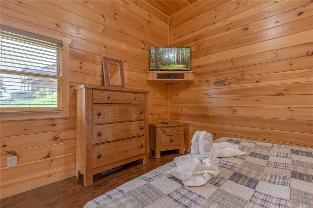 Photo of a Pigeon Forge Cabin named Starry Hope - This is the twenty-second photo in the set.