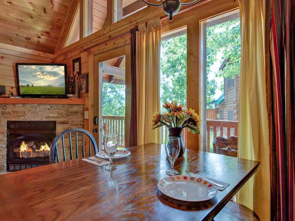Photo of a Gatlinburg Cabin named Artistic Mountain - This is the tenth photo in the set.