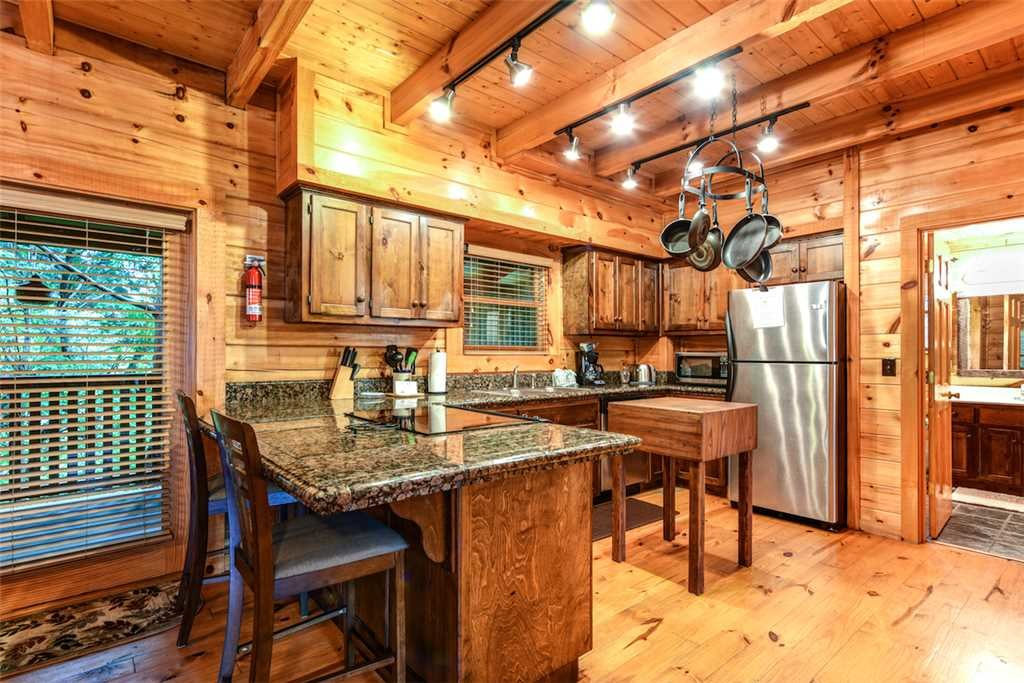 Photo of a Pigeon Forge Cabin named Southern Sweet T - This is the seventh photo in the set.