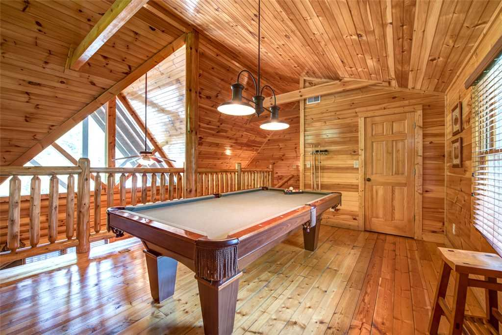 Photo of a Gatlinburg Cabin named Natural Beauty - This is the tenth photo in the set.