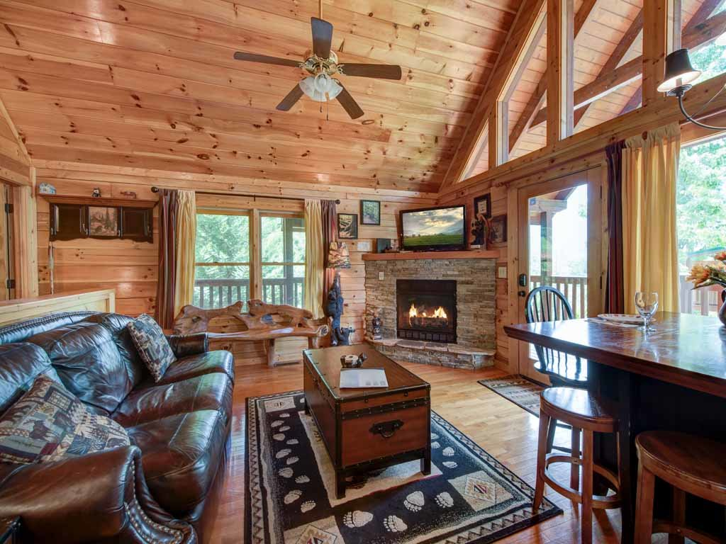 Photo of a Gatlinburg Cabin named Artistic Mountain - This is the seventh photo in the set.