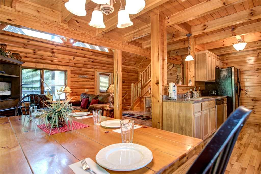Photo of a Gatlinburg Cabin named Natural Beauty - This is the sixth photo in the set.