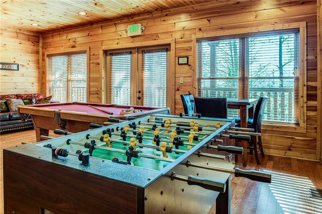 Photo of a Gatlinburg Cabin named Mountain View Lodge - This is the tenth photo in the set.
