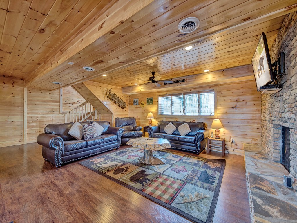 Photo of a Sevierville Cabin named Parkside Lodge - This is the thirteenth photo in the set.