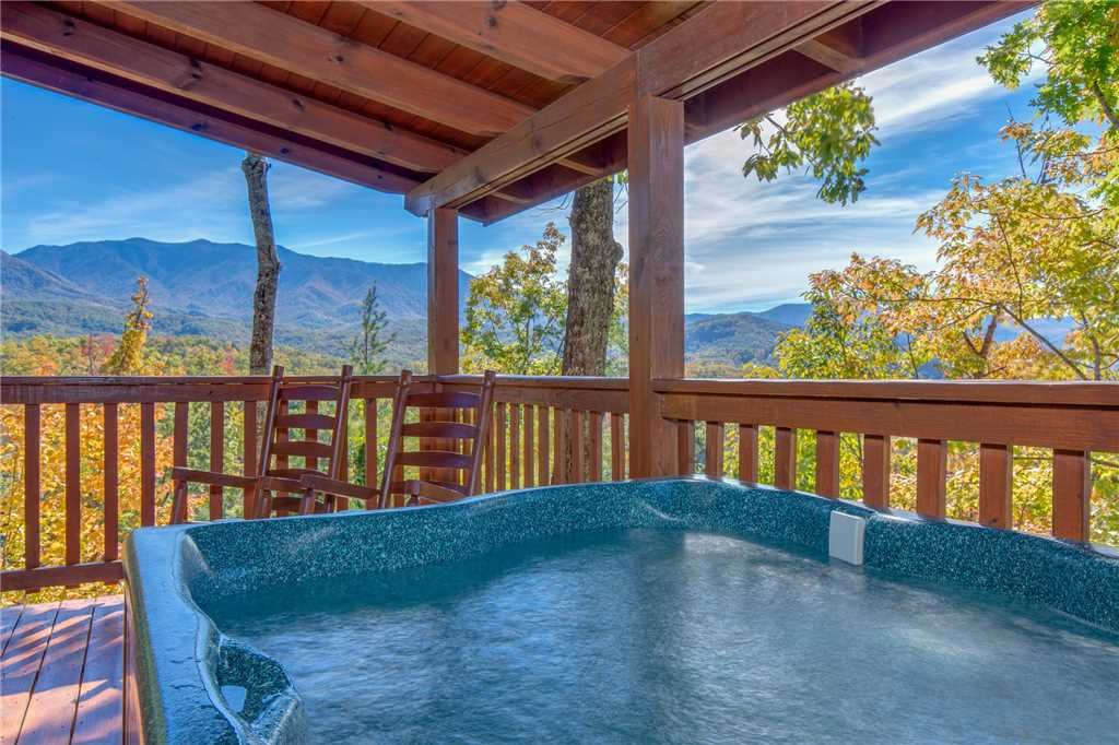 Photo of a Gatlinburg Cabin named Breathtaking View - This is the second photo in the set.
