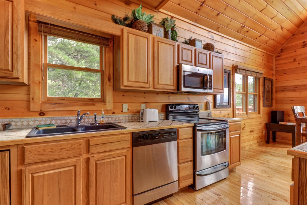 Photo of a Sevierville Cabin named Soaring Vista Cabin - This is the seventeenth photo in the set.