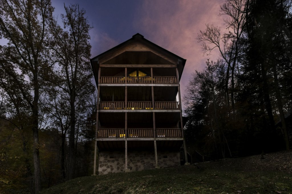 Photo of a Gatlinburg Cabin named Away From It All - This is the twenty-second photo in the set.
