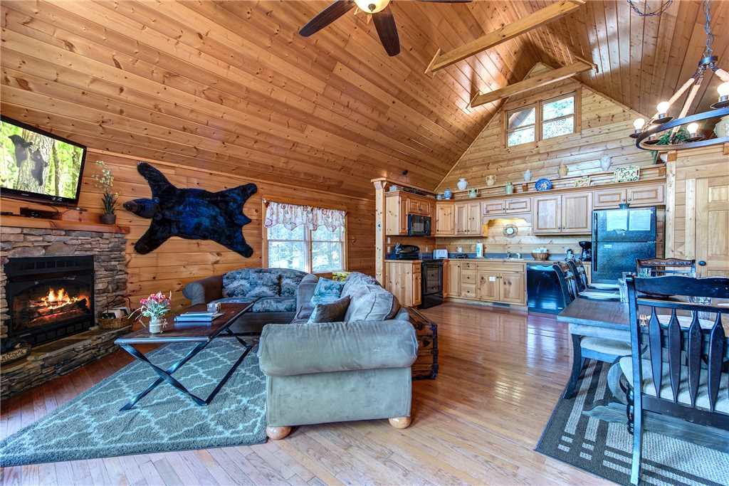 Photo of a Gatlinburg Cabin named Smoky Bear Lodge - This is the first photo in the set.