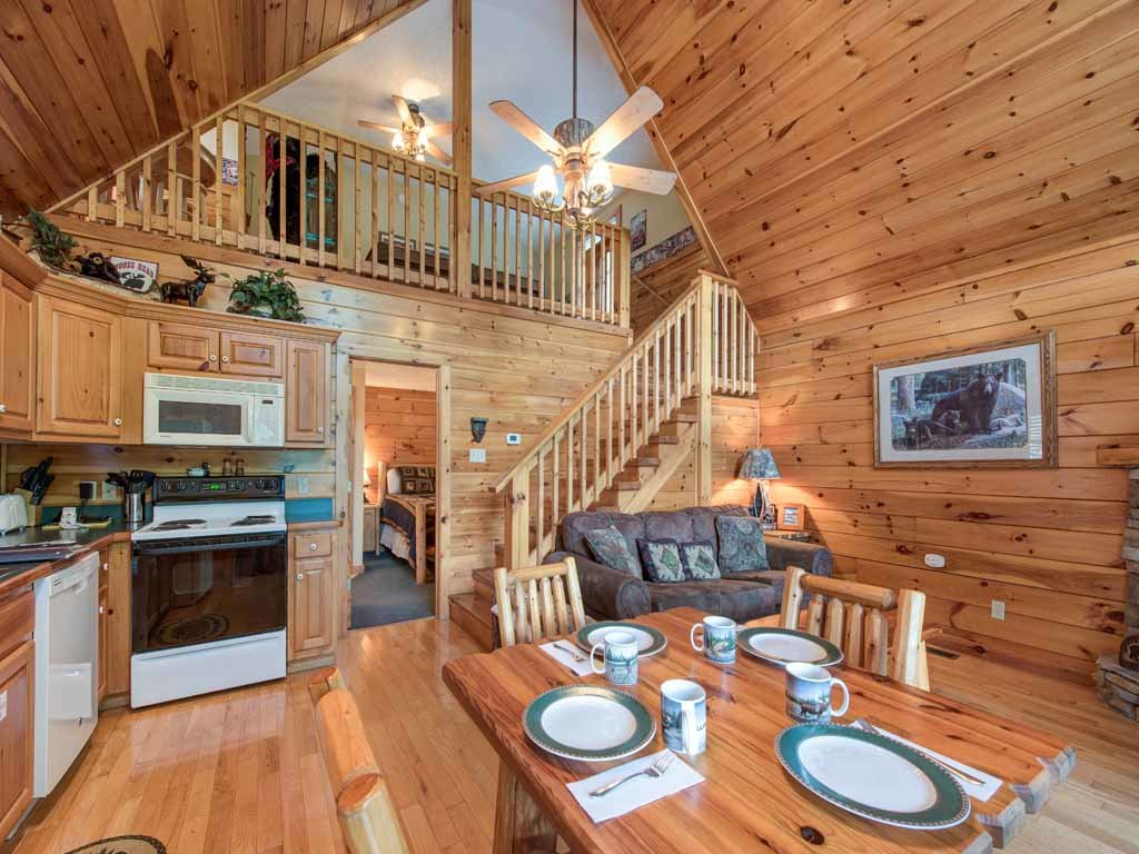 Photo of a Gatlinburg Cabin named Peace Of Mind - This is the fifth photo in the set.