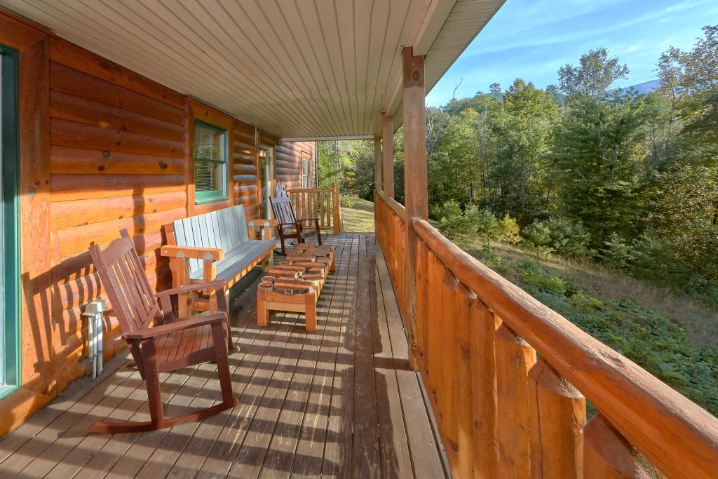 Photo of a Gatlinburg Cabin named Live, Laugh, Love Pool Lodge - This is the third photo in the set.