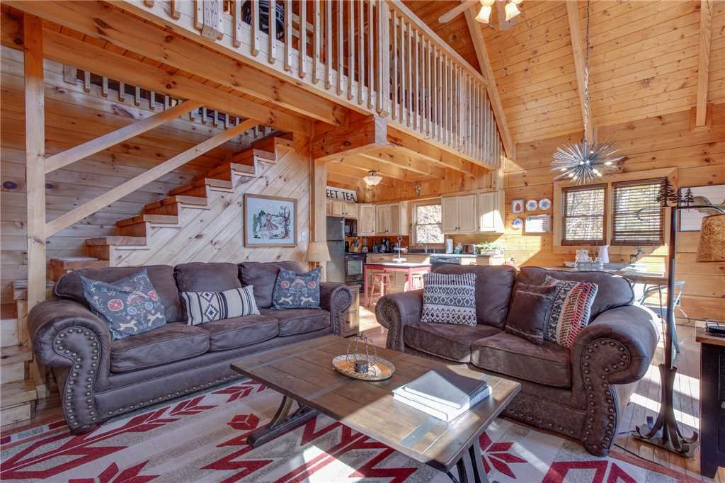 Photo of a Pigeon Forge Cabin named Scenic Solitude - This is the fifth photo in the set.