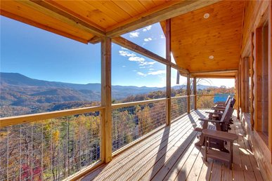 Great Smoky Lodge, 7 Br, New Construction, Pets, Wifi, Hot Tub, Sleeps 20