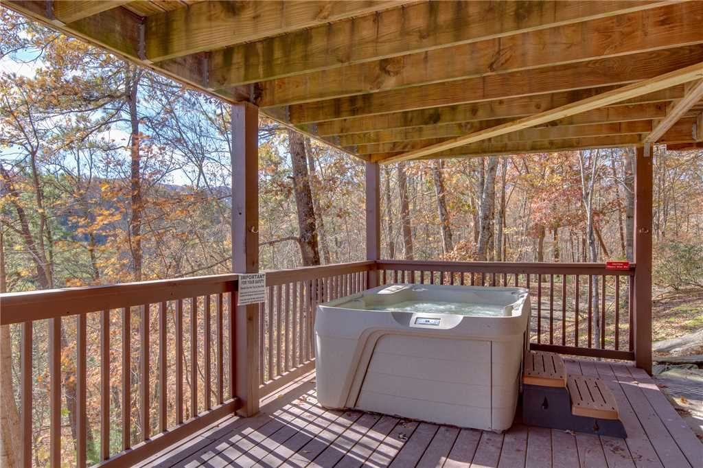 Photo of a Pigeon Forge Cabin named Scenic Solitude - This is the twenty-second photo in the set.