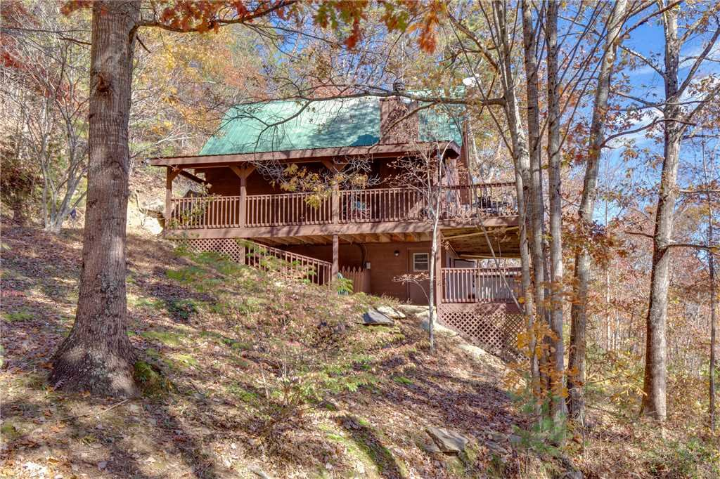 Photo of a Pigeon Forge Cabin named Scenic Solitude - This is the twenty-fifth photo in the set.