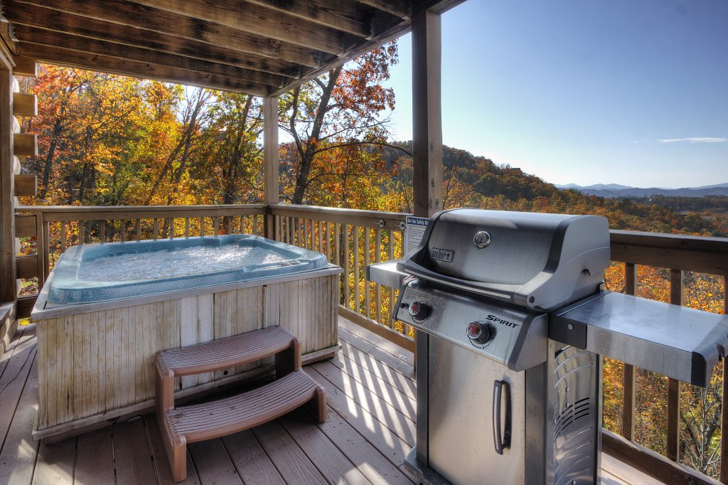 Photo of a Pigeon Forge Cabin named Morning View #131 - This is the nineteenth photo in the set.