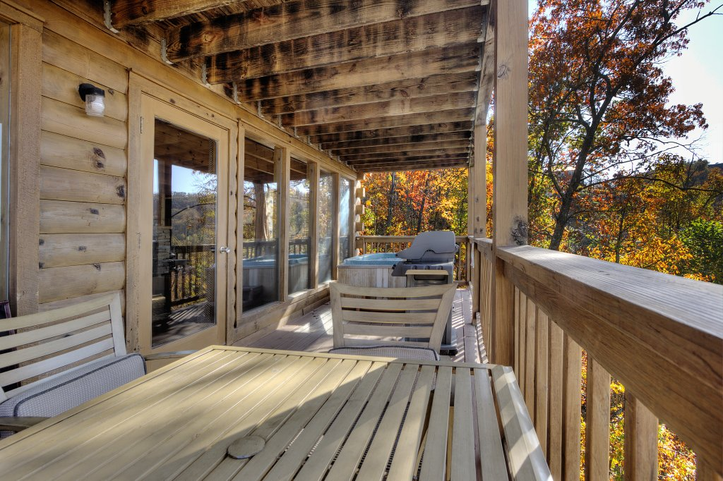 Photo of a Pigeon Forge Cabin named Morning View #131 - This is the eighteenth photo in the set.