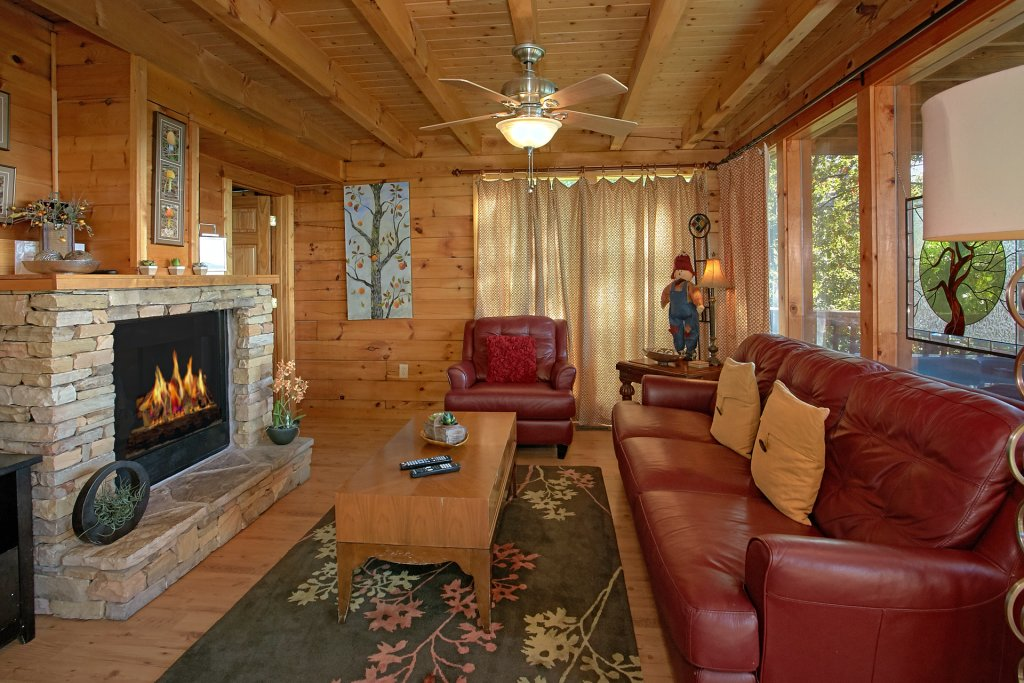 Photo of a Pigeon Forge Cabin named Morning View #131 - This is the fiftieth photo in the set.