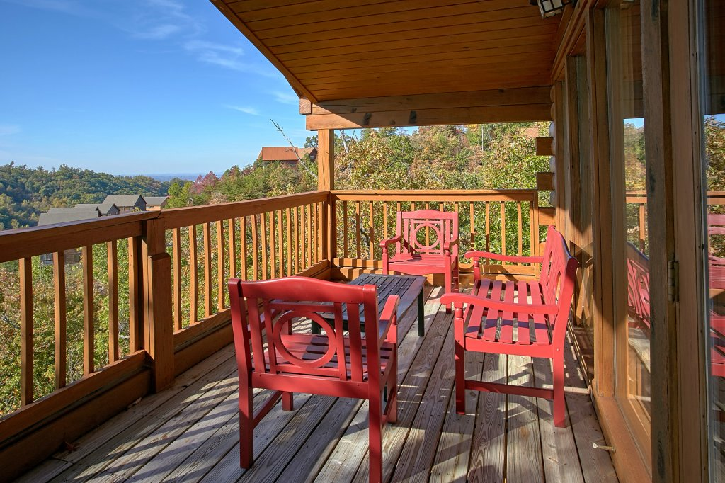 Photo of a Pigeon Forge Cabin named Morning View #131 - This is the fifty-third photo in the set.