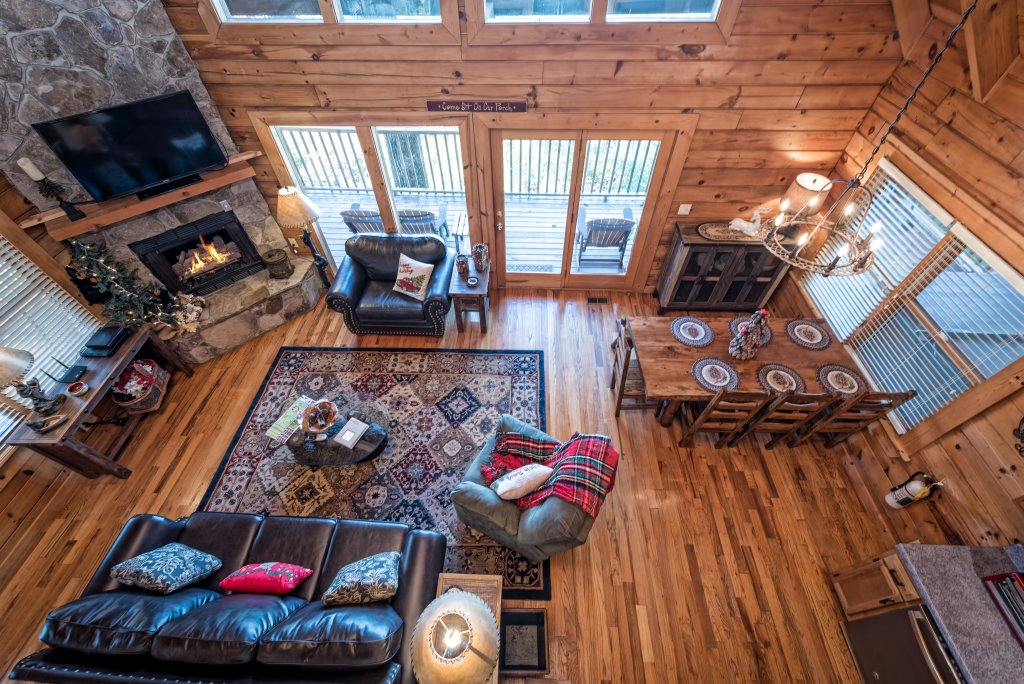 Photo of a Pigeon Forge Cabin named A Wild View Yonder #377 - This is the thirty-second photo in the set.