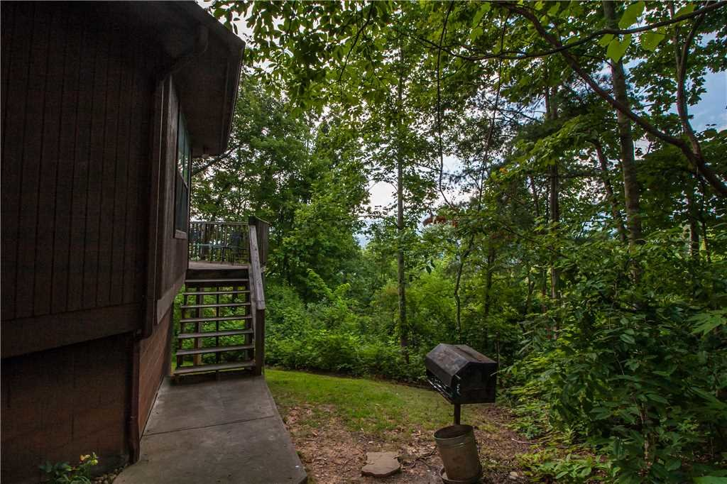 Photo of a Gatlinburg Cabin named Right At Home - This is the twenty-third photo in the set.